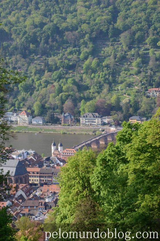 Vista da cidade da estação Molkenkur, do alto da colina do Castelo.