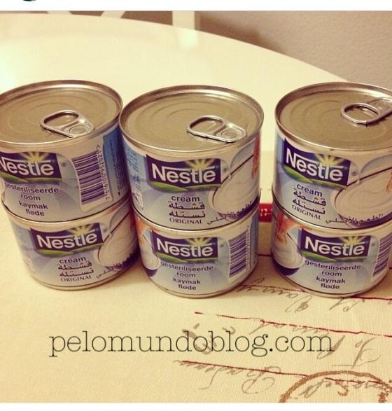 Estes foram os cremes de leite que ganhei da minha leitora Sueli. Mas segundo minha amiga, tem em Lausanne.