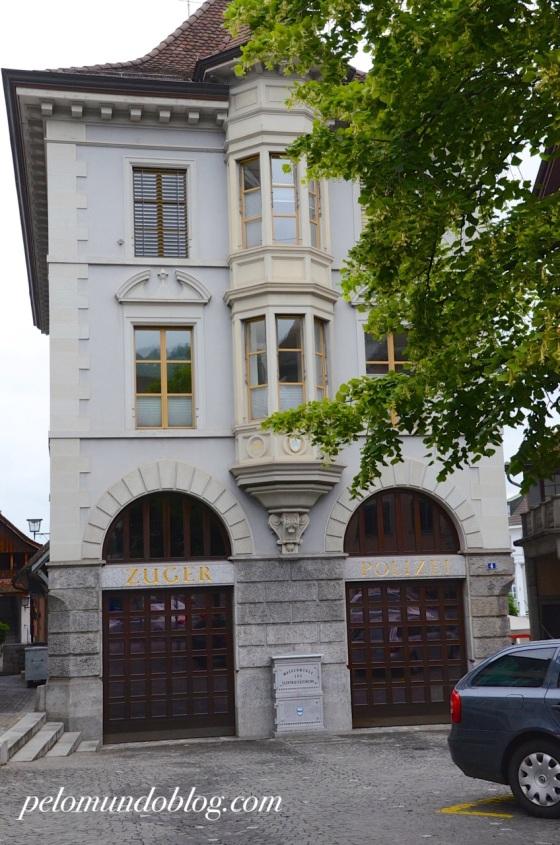 Prédio da polícia de Zug.