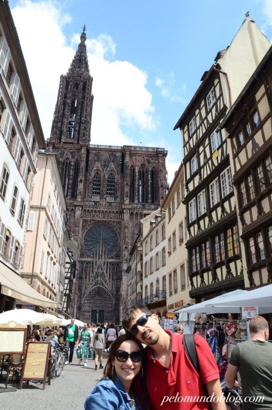 A Catedral de Notre Dame foi construída entre os anos de 1015 e 1439.