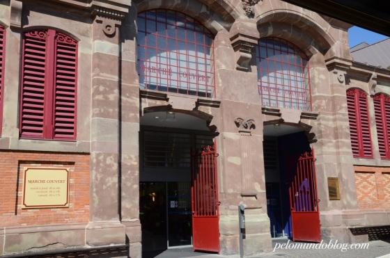 Marché Couvert (mercado coberto).