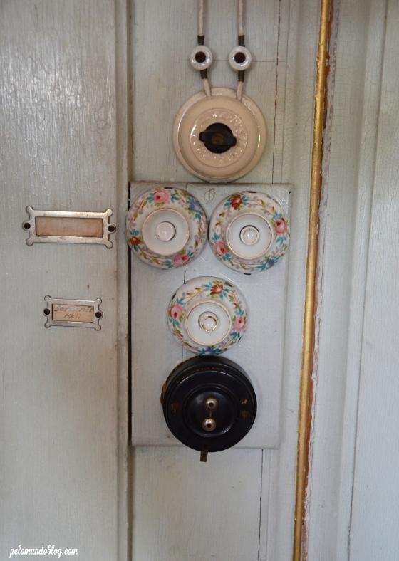 Os detalhes dos interruptores.