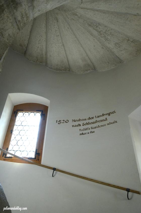 A história do castelo contada nas paredes.