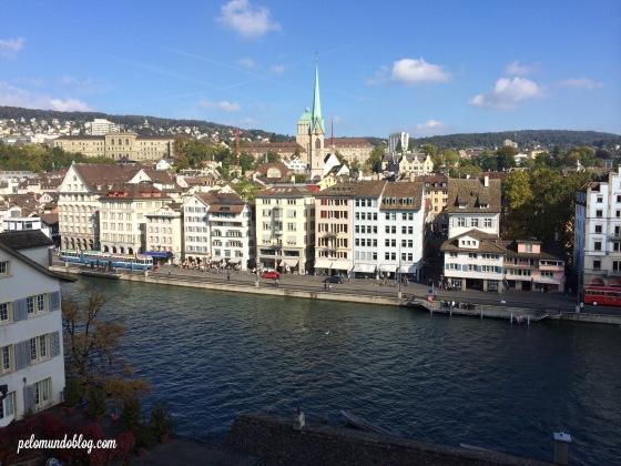 A vista da cidade que você tem do Lindenhofplatz.