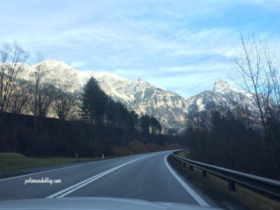 A paisagem até Innsbruck estava deslumbrante.