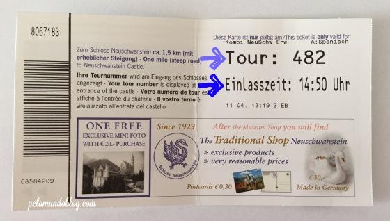 No ticket do castelo de Neuschwanstein tem o número do grupo visitante que você vai acompanhar e o horário da sua entrada no castelo.