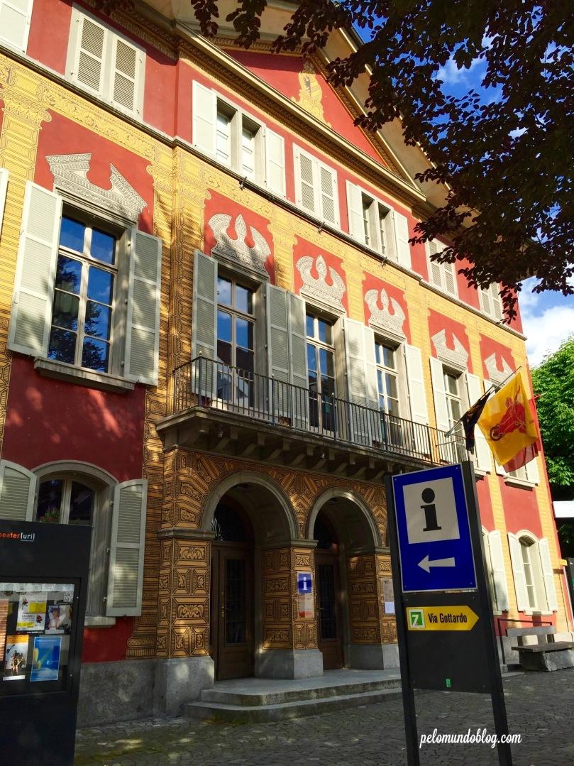 O prédio de informações turísticas da cidade de Altdorf.
