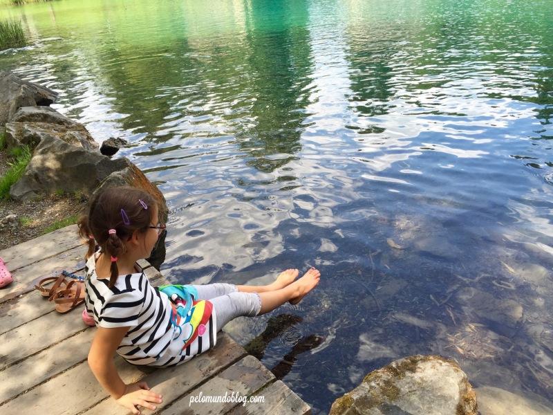 Nadar no lago não pode, mas molhar os pés está liberado.