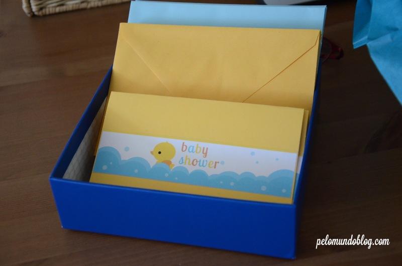 Os envelopes para deixar as mensagens para o Lukas.