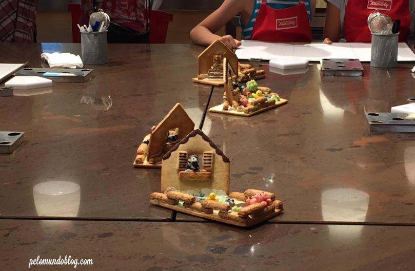Estes eram os modelos das casinhas que as crianças fariam na oficina.